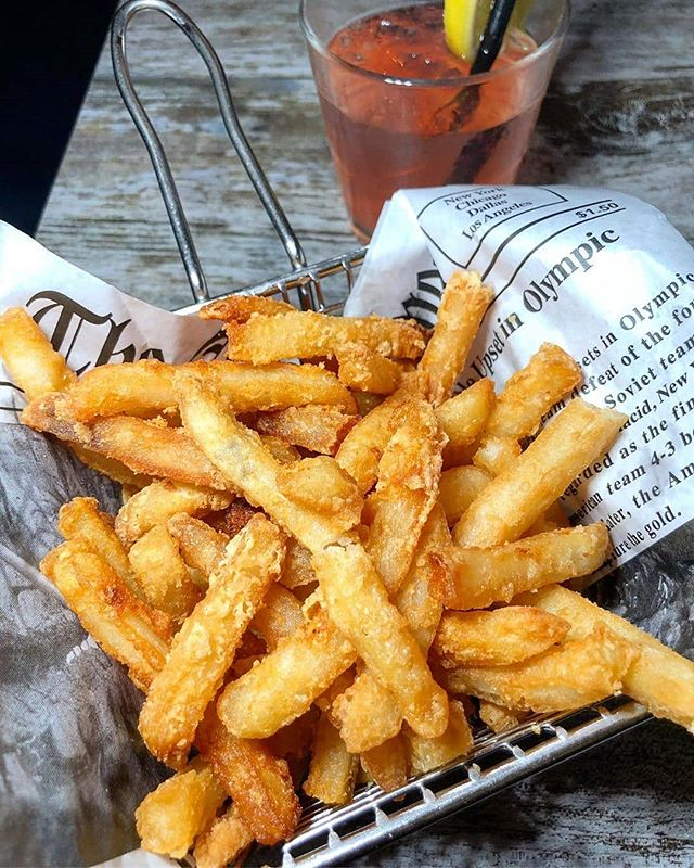 "🍟 TRUFFLE FRIES 👉 Crispy Coated French Fries drizzled with Truffle Oil (📸: @ms_new_foodie) 🍸 HAPPY HOUR Tuesday through Friday from 5pm - 8pm 🤓 TRIVIA NIGHT Every Wednesday at 8pm 🎶 LIVE MUSIC Every Thursday 7pm - 10pm 🚚: We DELIVER on @Grubhub: Click the ""Start Order"" button on our page (@arcadiabarnyc) 🍳 BRUNCH Every Sunday from 11am - 4pm • 🍽: Arcadia Bar & Kitchen #️⃣️: #ArcadiaBarandKitchen ☎️: (347) 730-6181 📍: Astoria, Queens 🌐: www.arcadiabarlic.com"