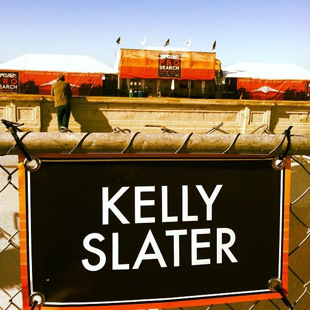 SURF AMBASSADOR HENDO_KELLY SLATER_CROWD_SF_RIP CURL PRO_SAN FRANCISCO_WCT_WORLD TITLE_11_ASP _PARKING.jpg