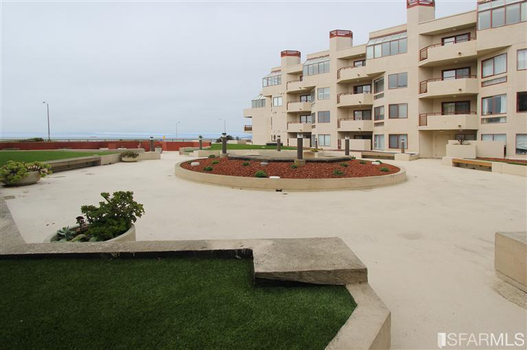 825 La Playa Unit 127 - Outer RichmondSold for $422,000