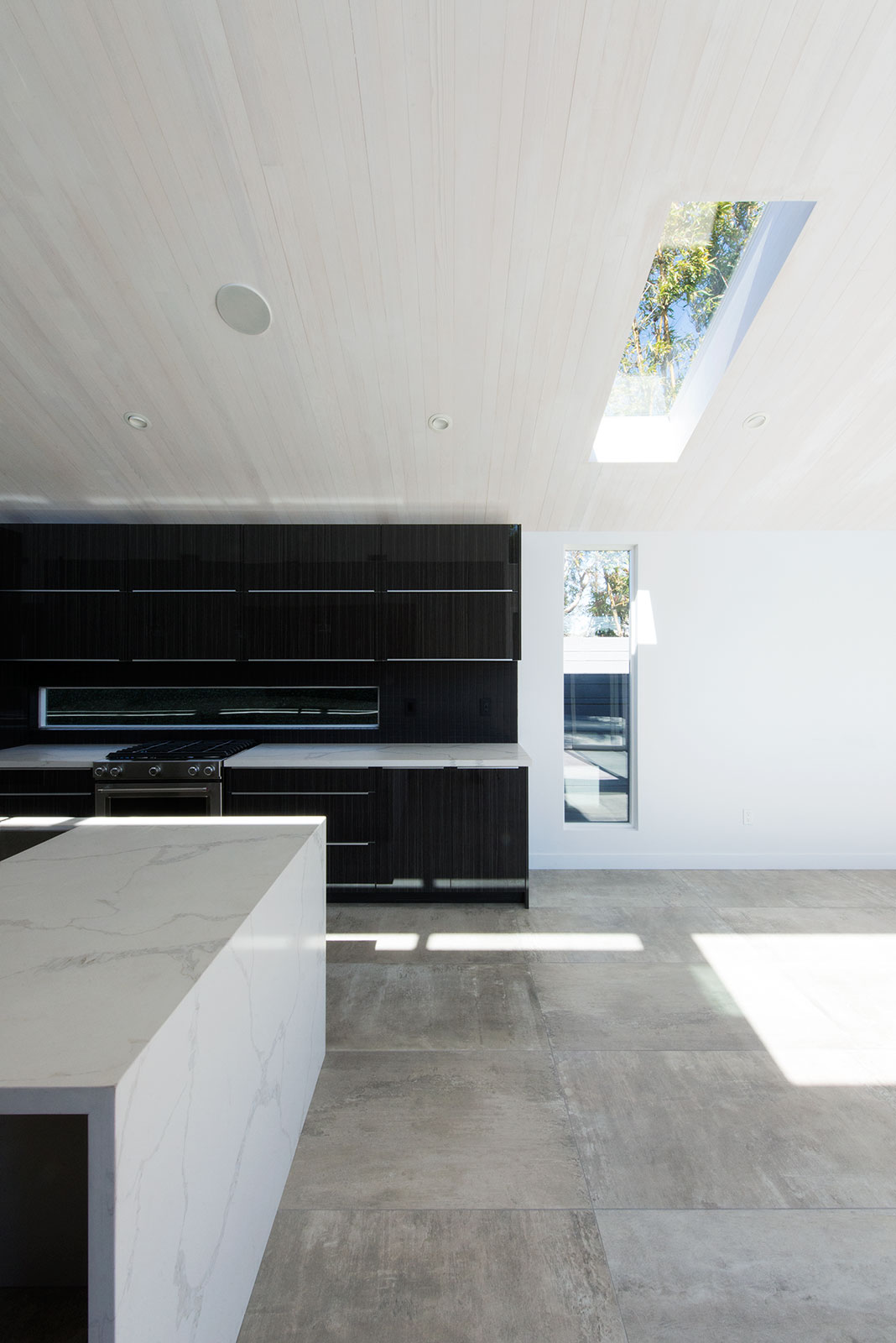 BEETHOVEN_interior_living_03.jpg