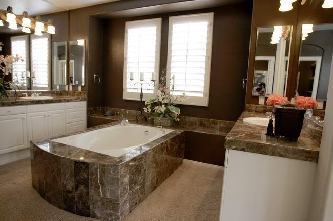 bathroom04-d9d2ea148a.jpg