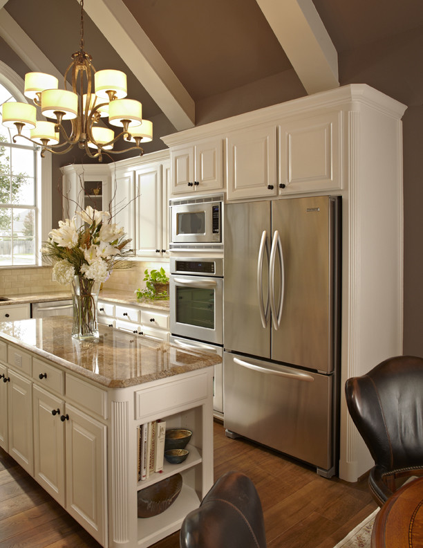 traditional-kitchen-10.jpg