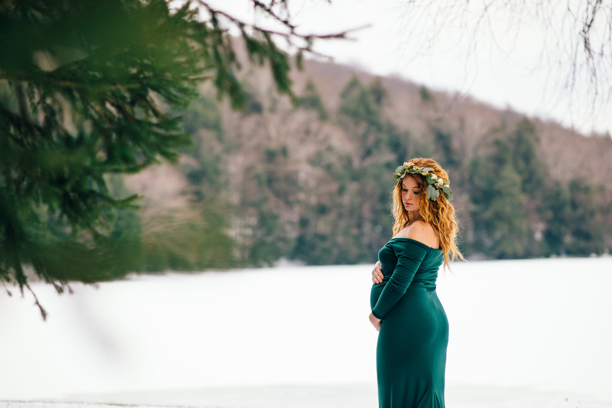 Winter Maternity Shoot-13.jpg
