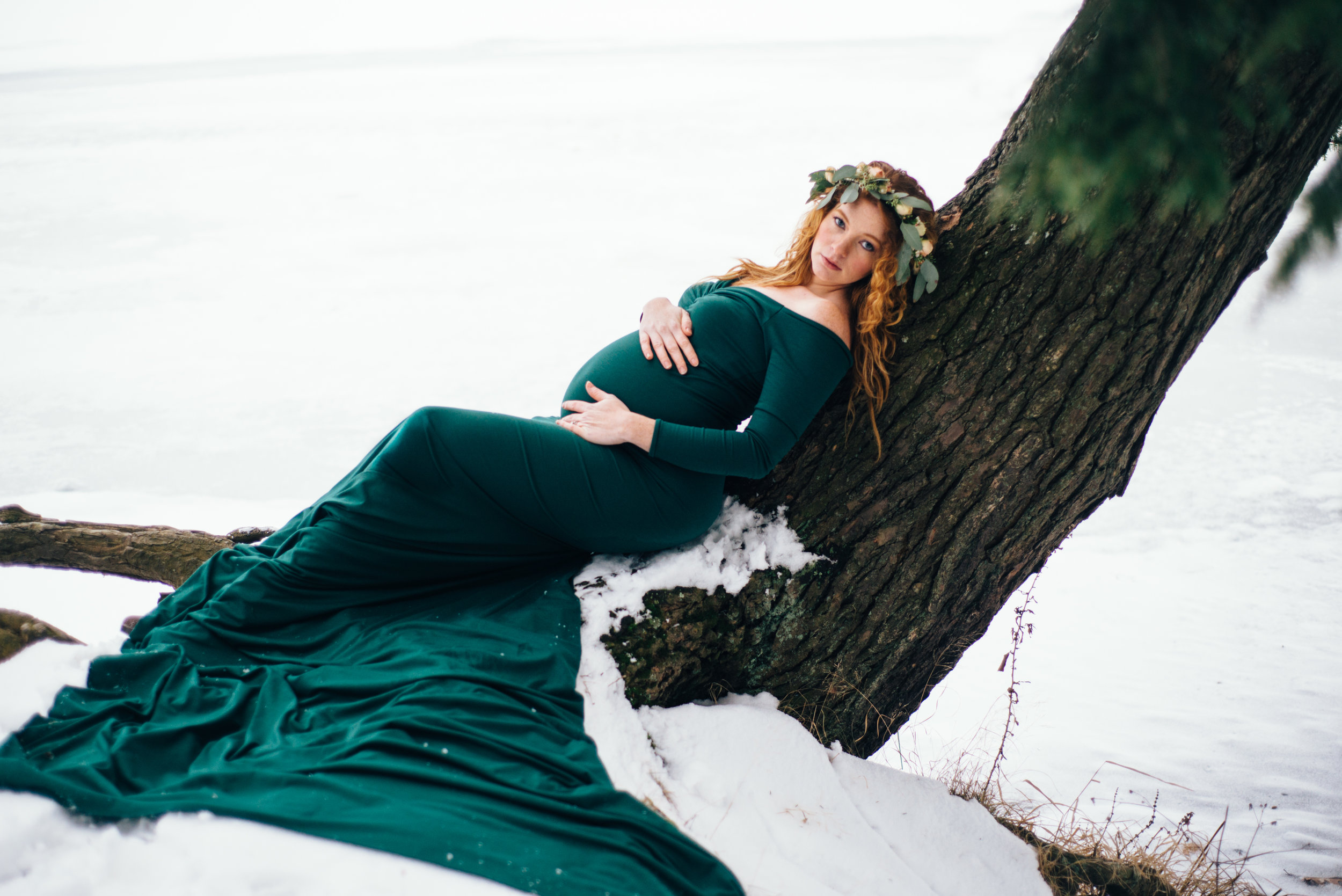 Winter Maternity Shoot-78.jpg