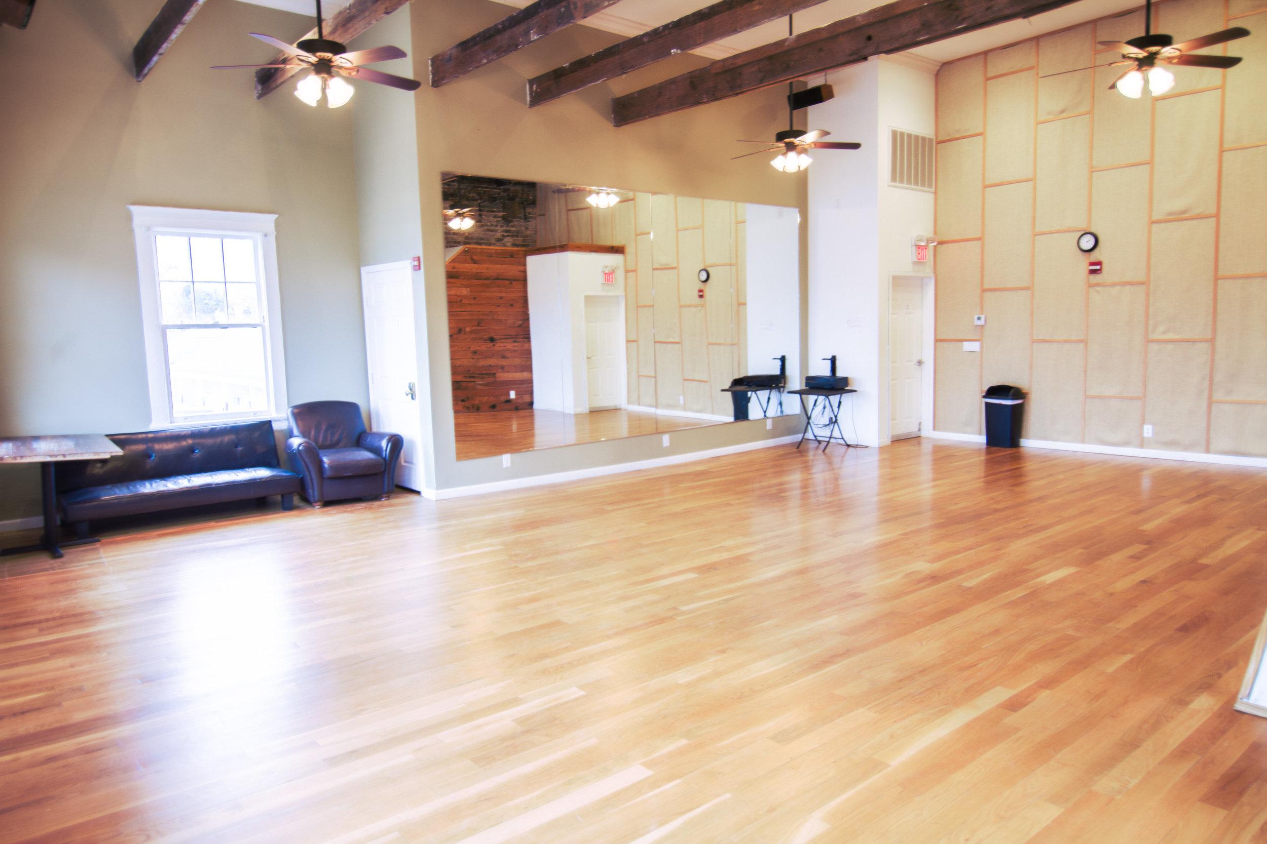 Studio 1-2.jpg