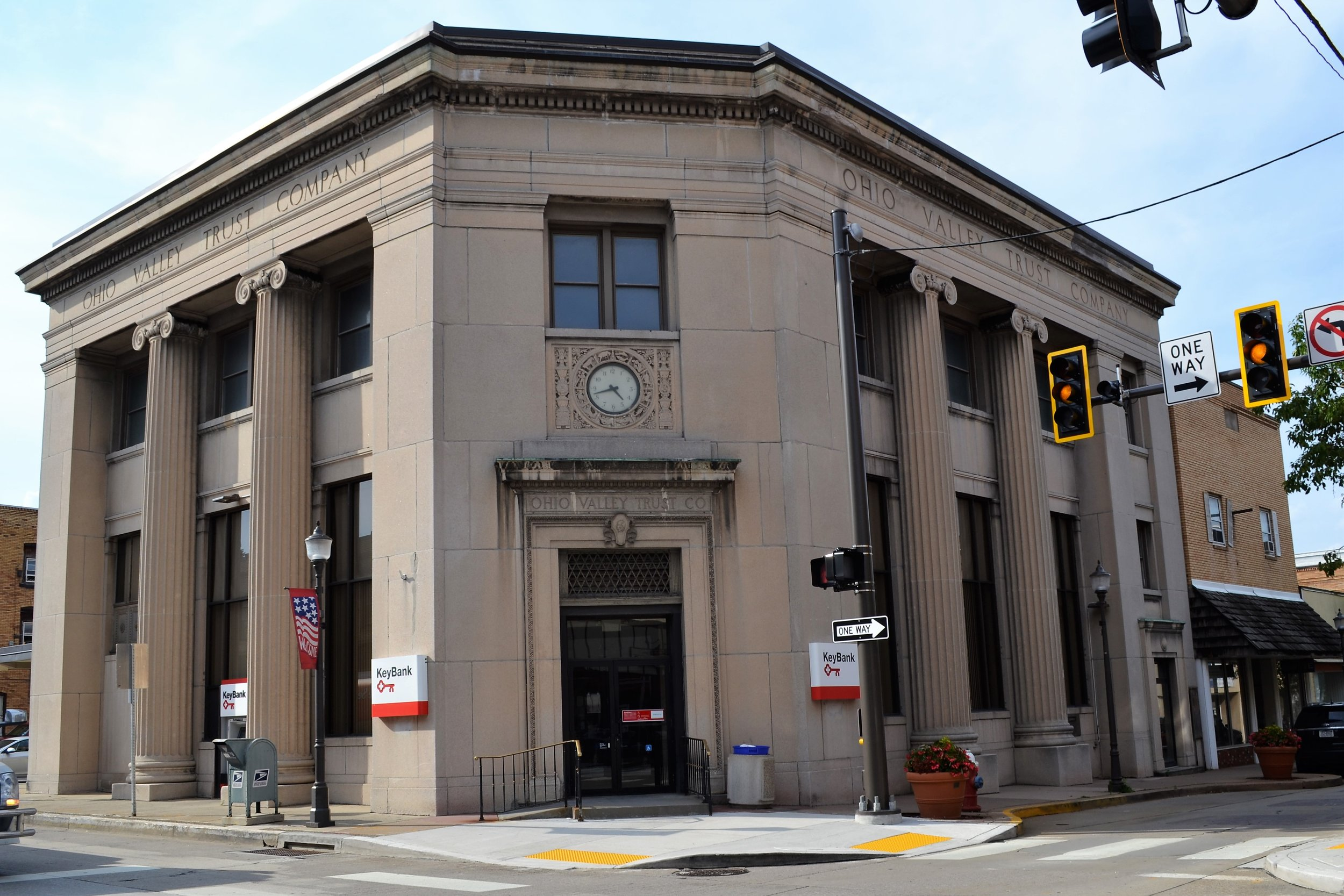 KeyBank - 953 5th Ave, (412) 264-7612