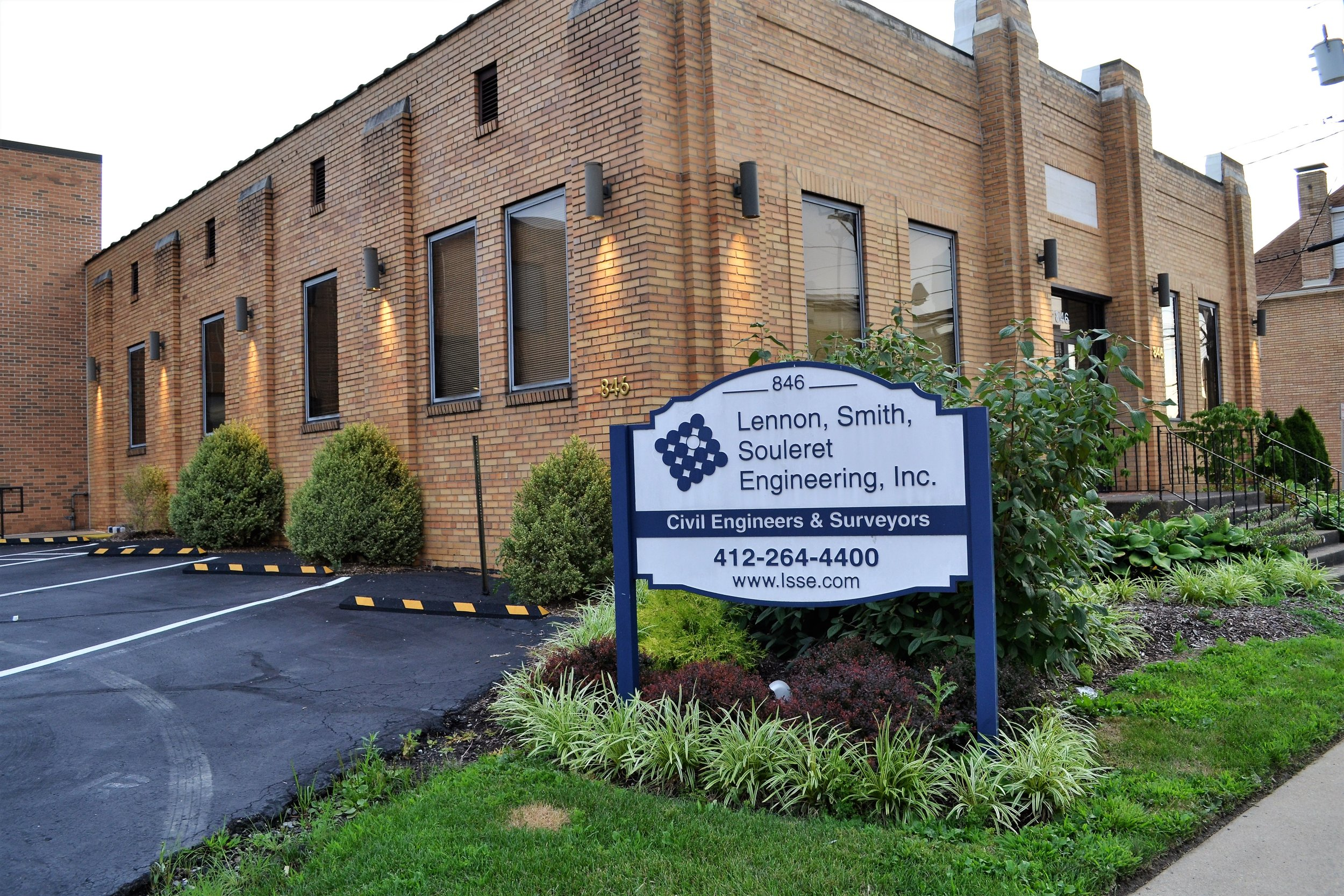 Lennon, Smith, Souleret Engineering - 846 4th Ave, (412) 264-4400