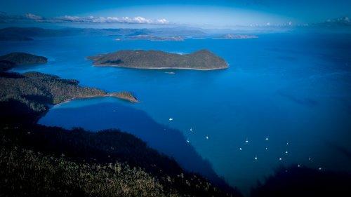 Whitsunday_Islands_-_Luxury_Yachts_Whitsundays.jpg