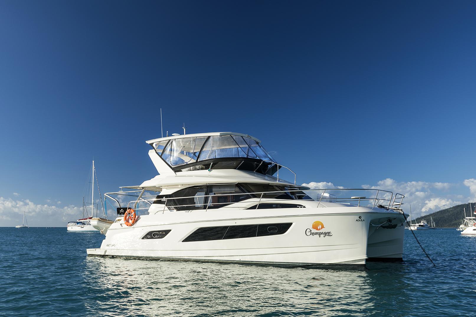 Champagne Sunset - Aquila 44, Luxury Yachts Whitsundays