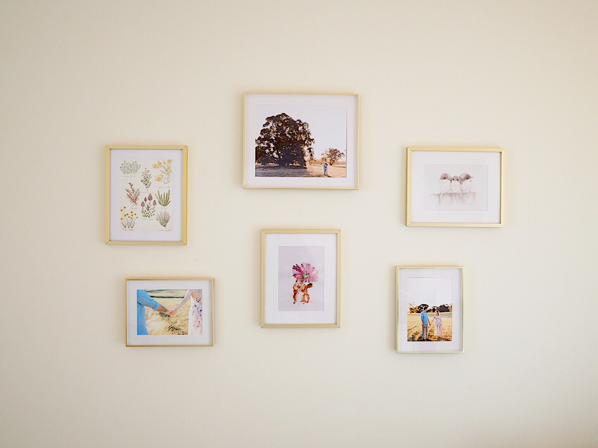 How To Build A Gallery Wall17475DED-A729-4616-A57A-900FC5E5F99C.JPG