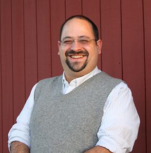 Augusto Pinaud, Events Committee Volunteer