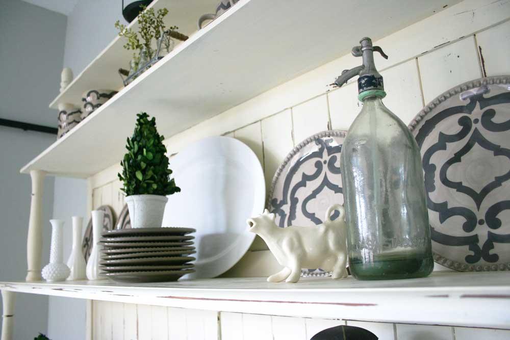 L-E-Kitchen_Hutch.jpg