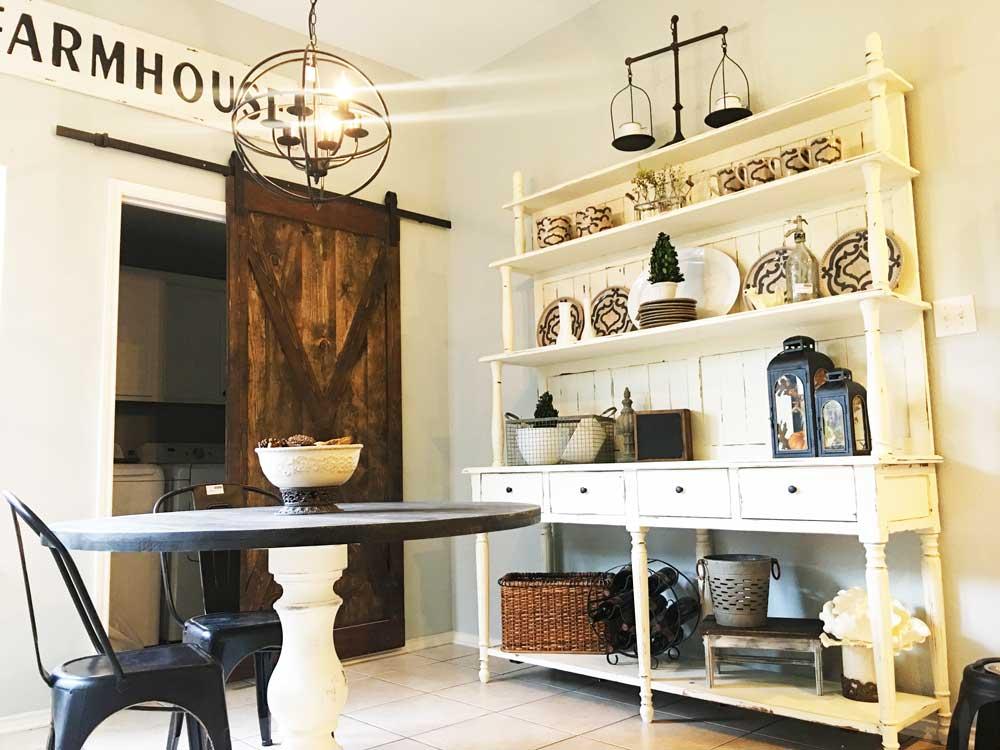 L-E-Kitchen-barndoor.jpg