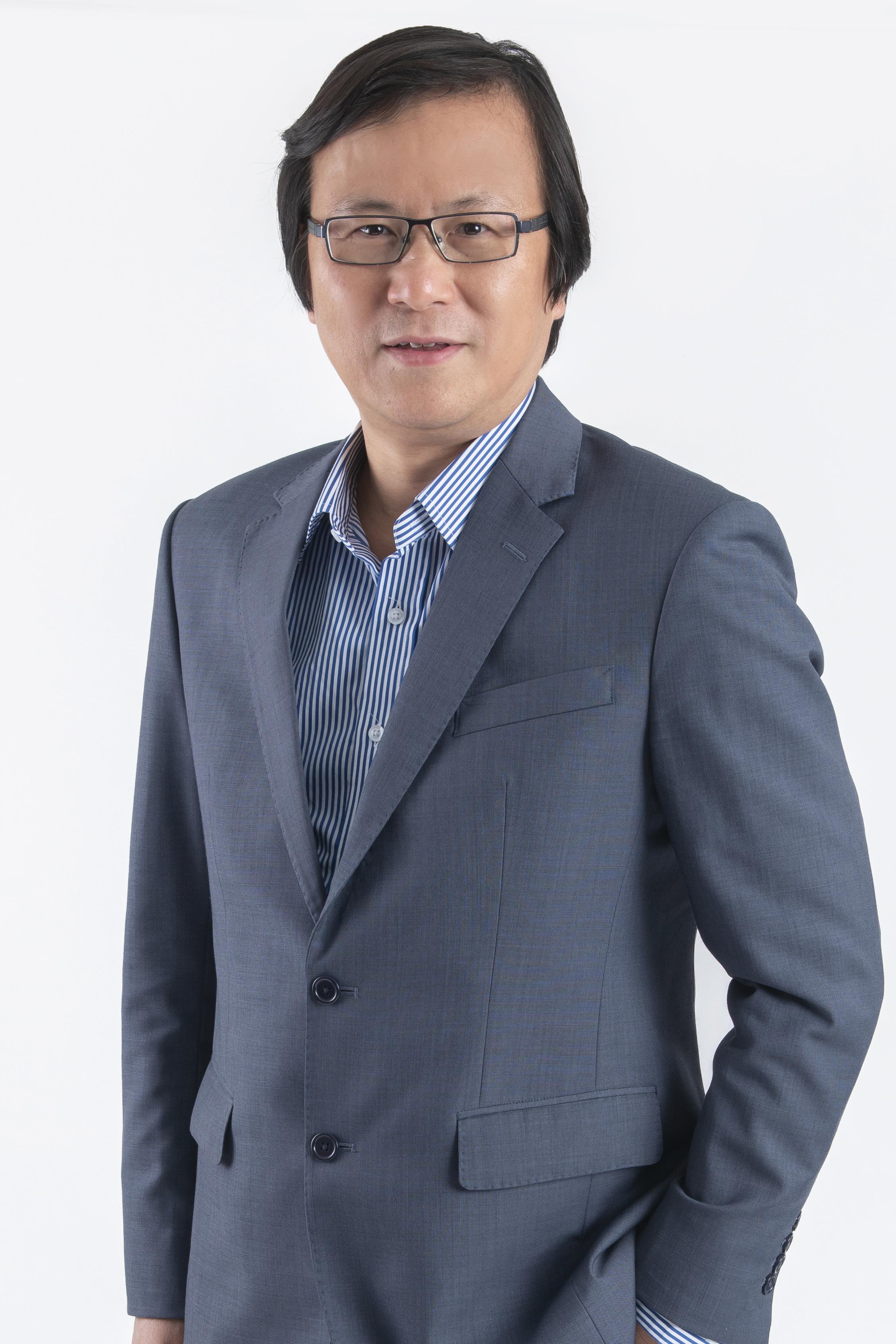 周日昌  /會長