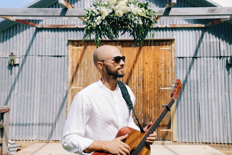 mark-crotti-wedding-singer-acoustic-sydney-male-tamworth-weddings.png