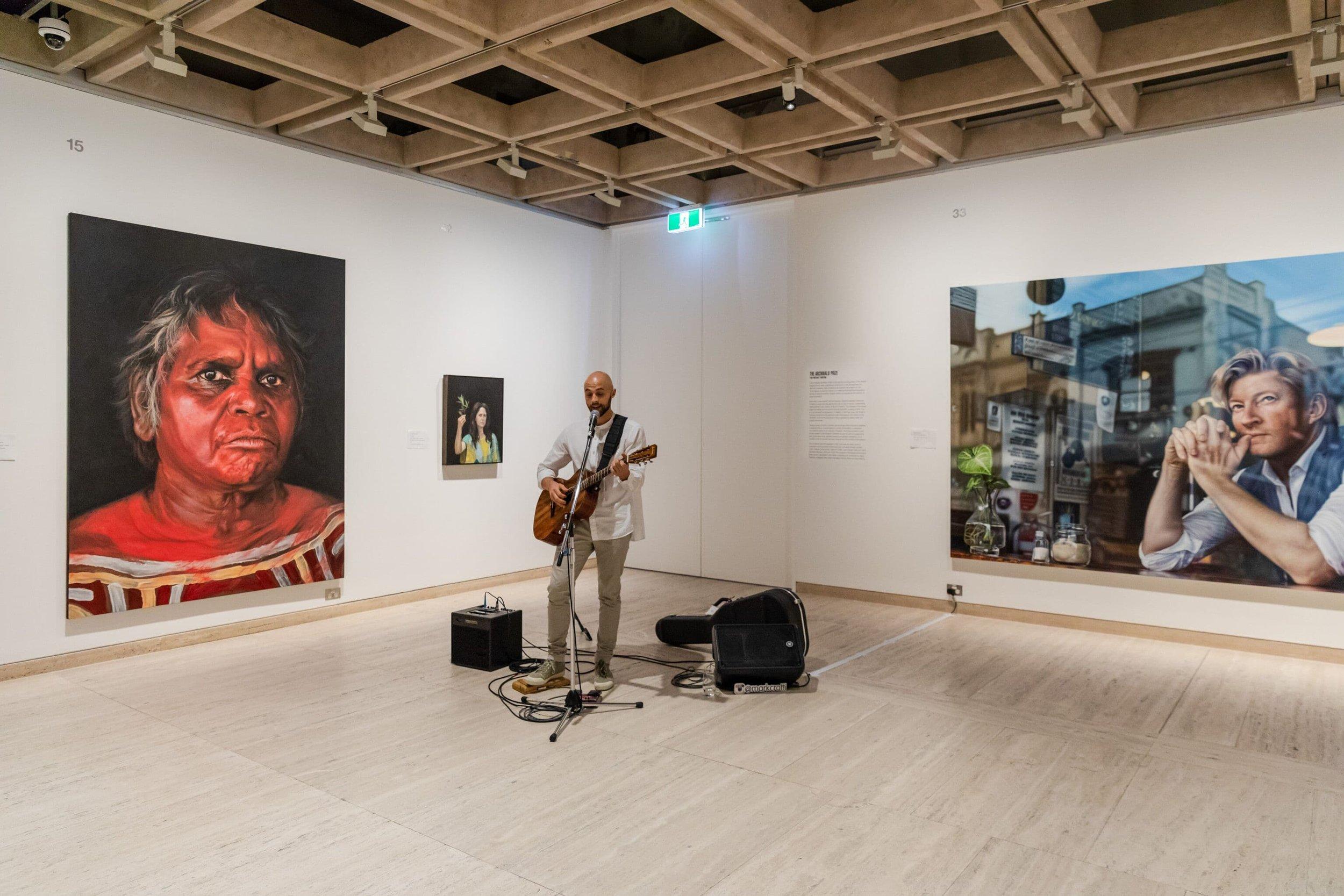 crotti-singer-sydney-archibald-prize=performer.jpg