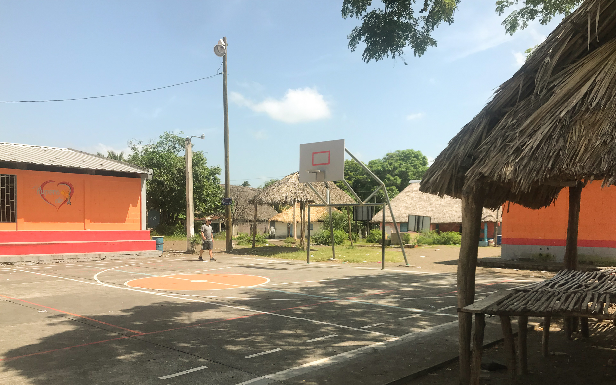 El Paredon outdoor basketball court in Guatemala