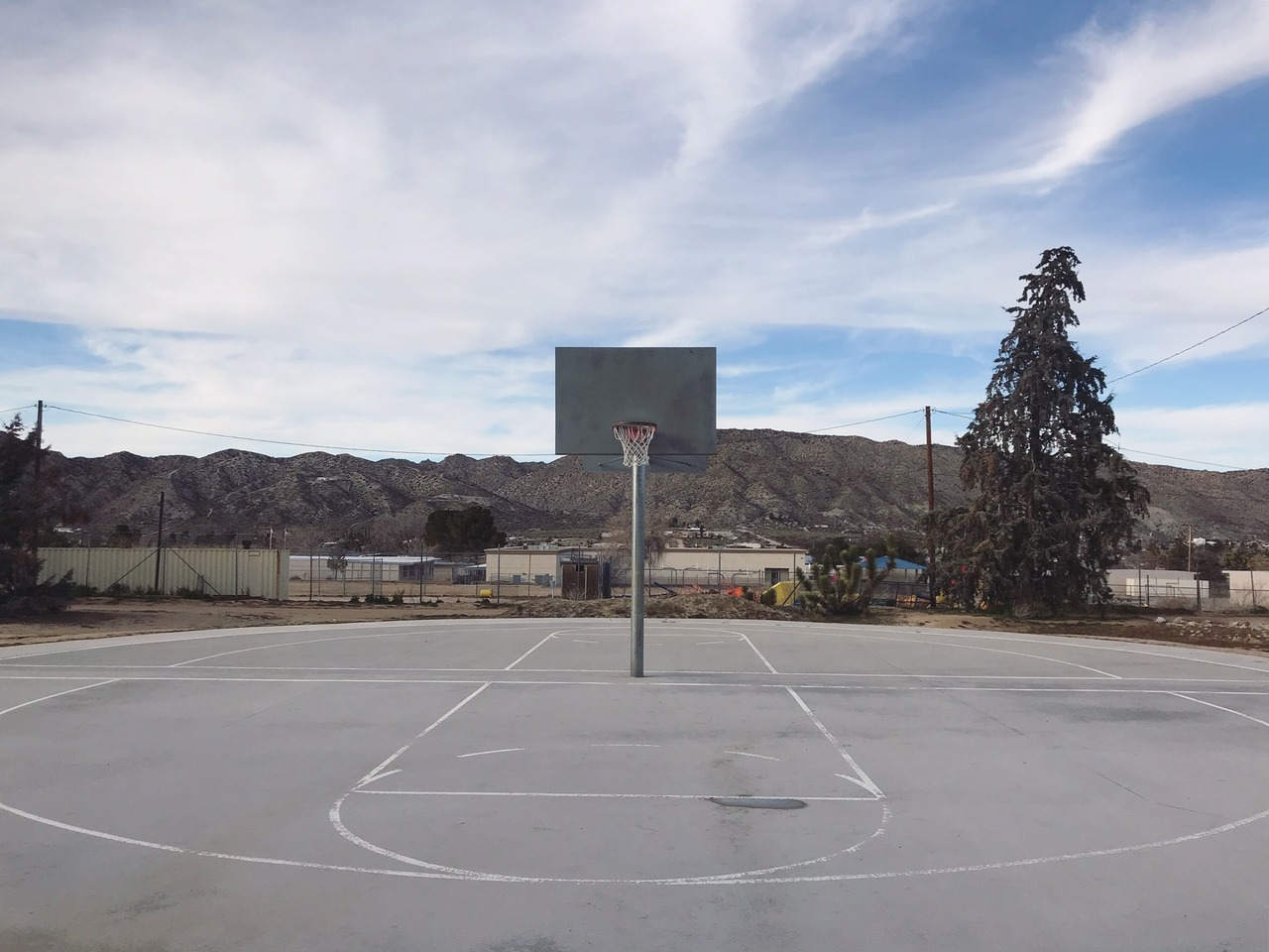 Basketball courts near Palm Springs