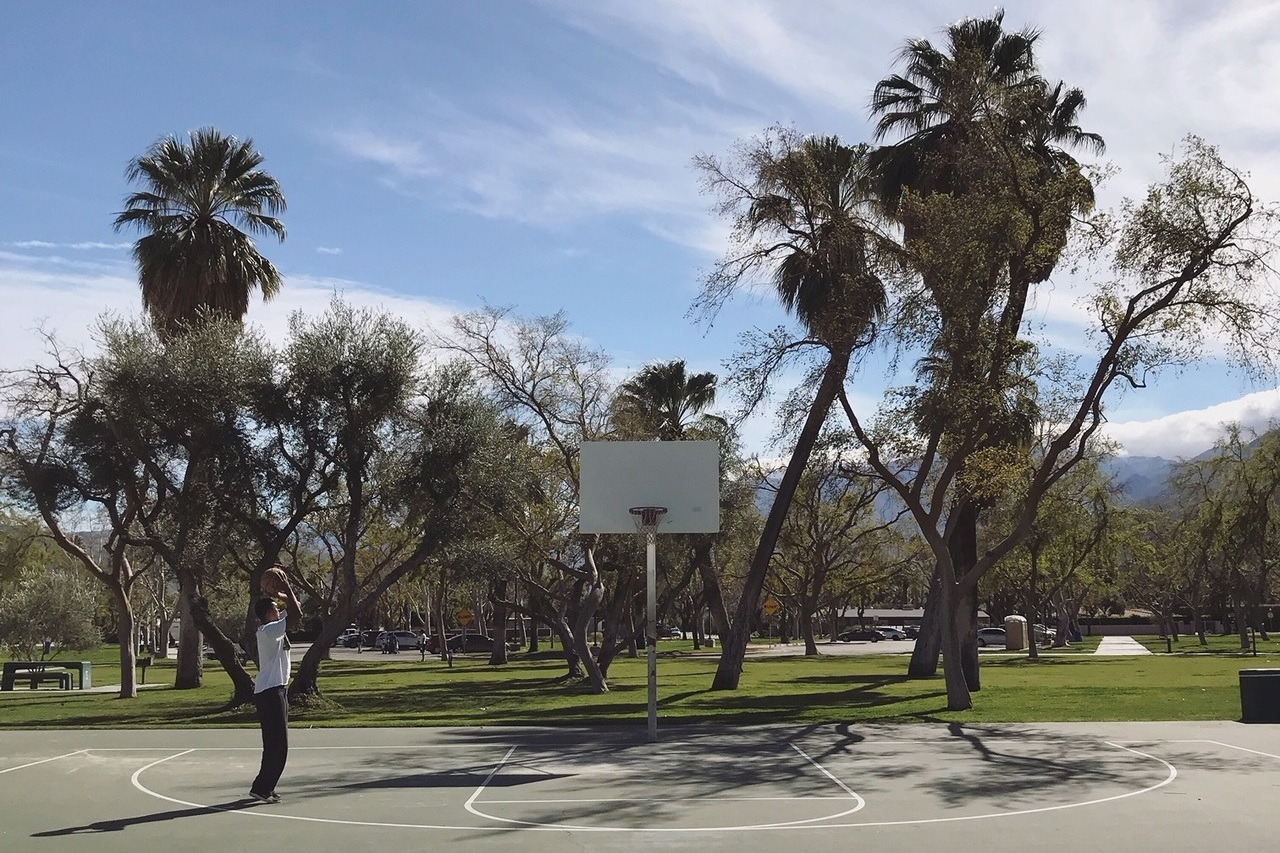 Palm Springs basketball courts in California