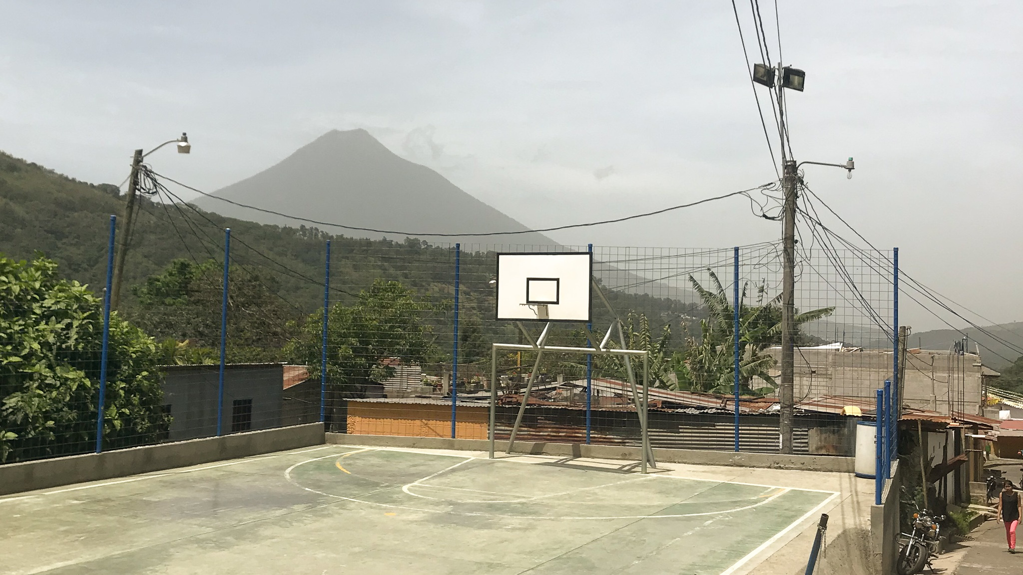Antigua+Guatemala+basketball+hoops