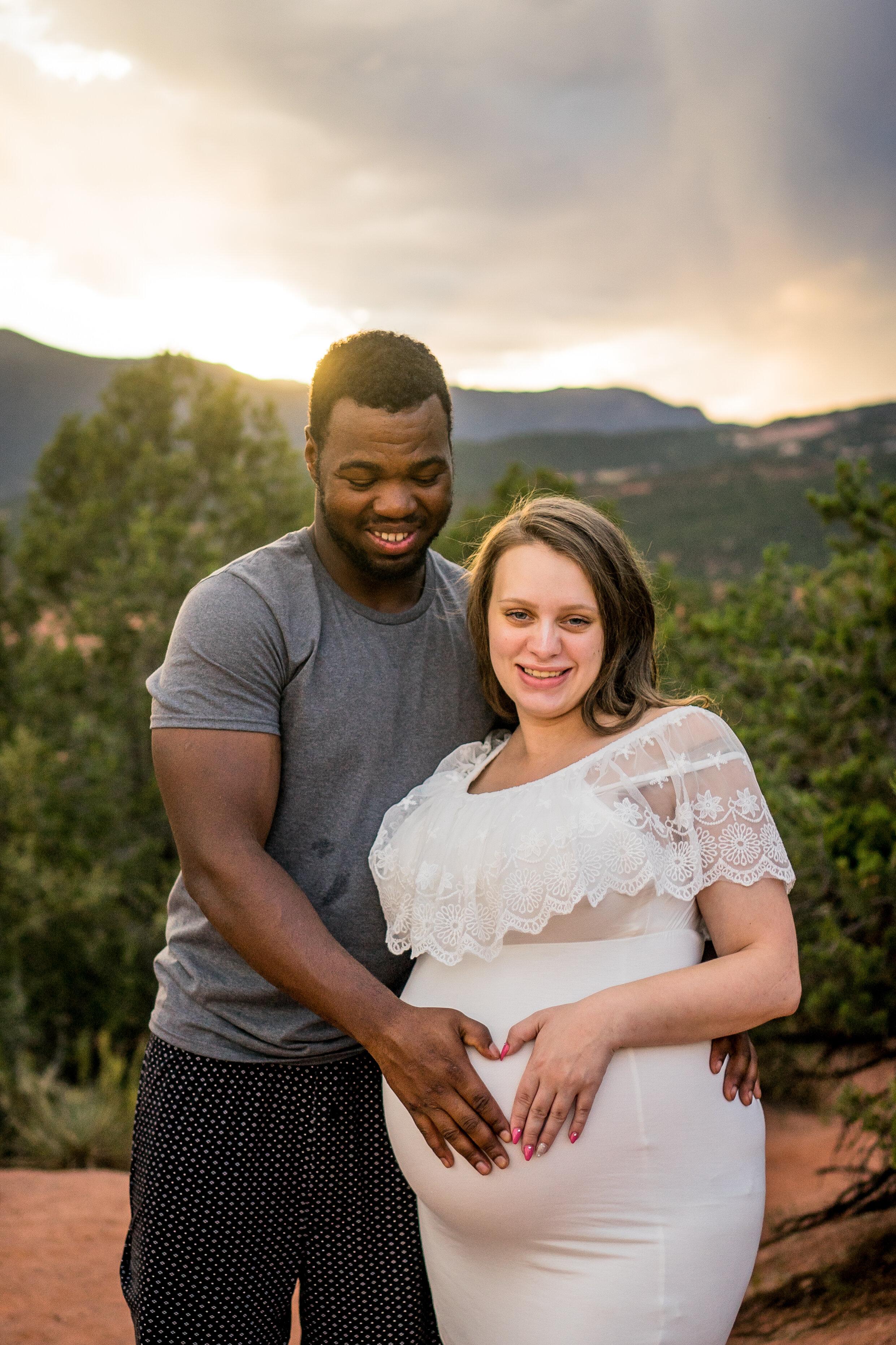Colorado Springs Maternity Photography- Stephanie (18 of 22).jpg