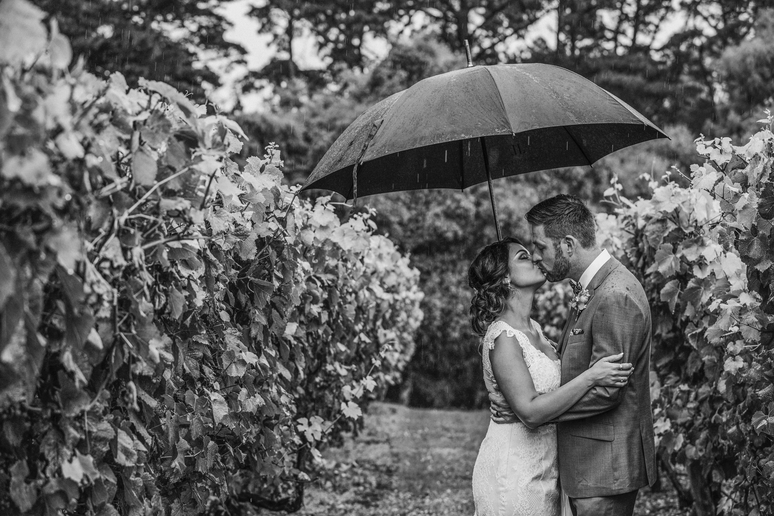 love by shae, boutique wedding photography, melbourne, geelong, yarra valley, echuca, bendigo, wedding photography, Lindenderry at Red Hill