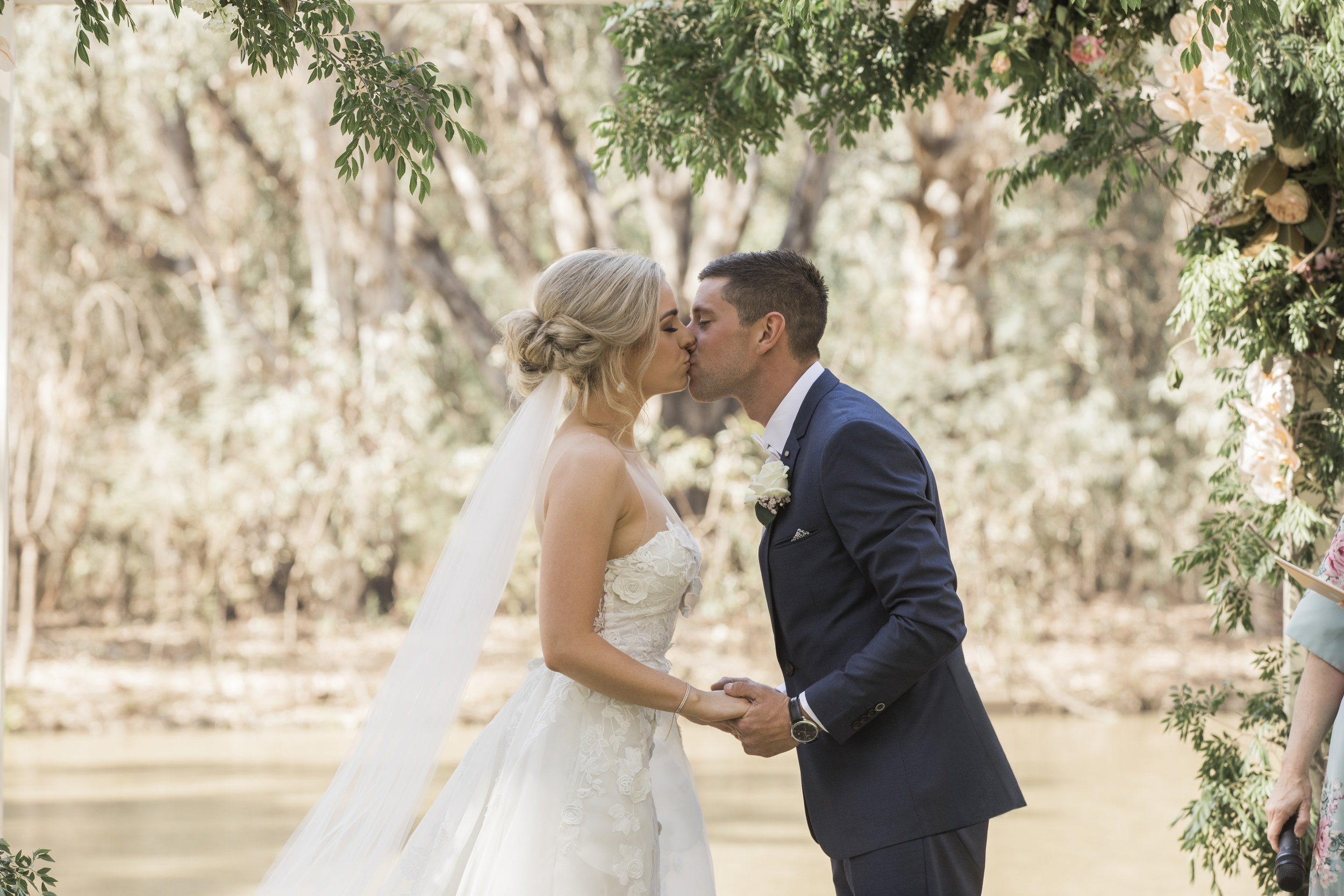 ECHUCA BRIDE, ECHUCA MOAMA WEDDINGS, ECHUCA MOAMA BRIDE