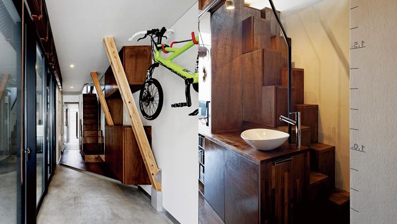 左・自転車を室内に置くためにフックを設置。左手はガレージ。/右・2階の収納兼階段。上がった先にはロフトを完備している。