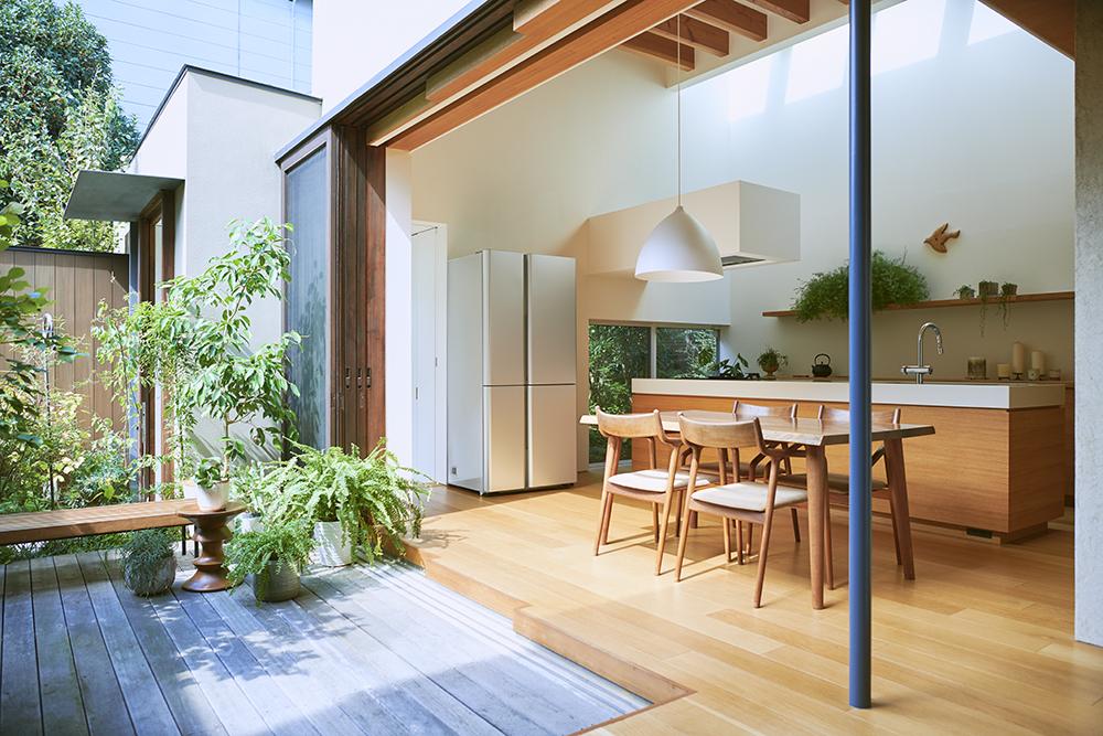 住まいが一体空間になるほどに、家電や設備にもデザイン性とインテリアとの調和が求められる。
