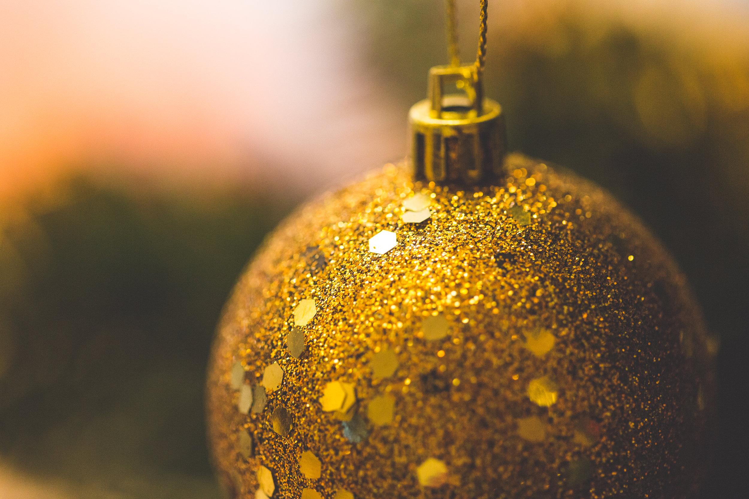 glitter-christmas-decoration-close-up-picjumbo-com.jpg