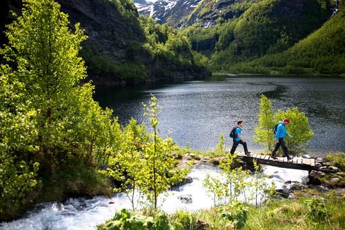 Aurlandsdalen_500 WEB © Sverre Hjørnevik  www.fjordnorway.com.jpg