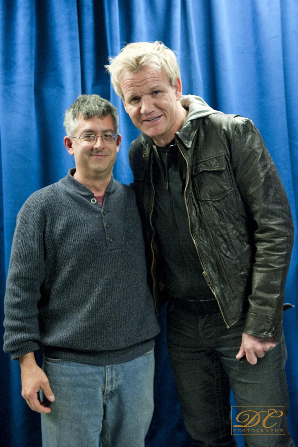 Me and Gordon Ramsay (who likes my Neil Flambé books!!!!)