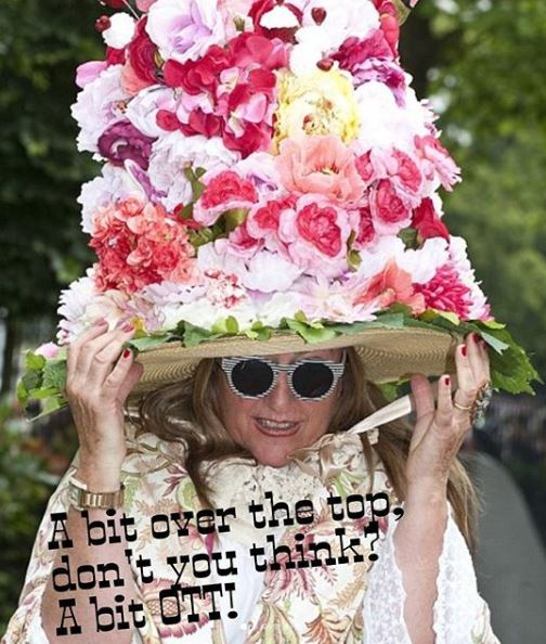 other the top - ott - черезчур!  Hi everyone, it's me again! ⠀⠀ Нет, не на картинке! На картинке - слегка подвыпившая тетенька, которую засняли на королевских скачках Ascot! А еще она в огромной смешной шляпе, как и многие другие фашинисты, которые любят такой эпотаж. Смотрите карусель!👒 ⠀⠀ Вы скажете, чего это я в отпуске пишу про тетенек в огромных шляпах? А не могу молчать! Пост вообще не про шляпы, а про тех, кто страдает излишеством!💍 ⠀⠀ Возьмем косметику, например. За эту неделю что мы на Кипре, мне в глаза бросилось столько наших и ненаших соотечественниц, на лицах которых огромное количество косметики! Их и в Англии полно.👑 ⠀⠀ Как сказать по-английски, что какого-то качества или количества слишком много? ⠀⠀ Используйте популярную британскую фразу, которая означает 'Чересчур' или 'Перебор': ⠀⠀ ✅Over the Top, или сокращенно OTT. ⠀⠀ 💬Look at that hat! A bit OTT, don't you think? - Посмотрите на эту шляпу. Это немного чересчур, по-моему! ⠀⠀ 💬OMG (oh my God)! Look at that girl, look at her make-up! That's completely over the top! - Посмотри на вот тут девушку, сколько на ней косметики. Ну это совсем чересчур! ⠀⠀ Или если кто-то слишком активен, слишком себя буйно ведет, эксцентричен, с вашей точки зрения, вы можете сказать: ⠀⠀ 💬He is a bit OTT! ⠀⠀ Правда, еще про таких говорят: ⠀⠀ 💬He is a bit cuckoo (кукушка)! (Тут можно еще у виска покрутить😁). ⠀⠀ Все, 4 дня осталось, пошла на море жизнь дальше наблюдать!👓 ⠀⠀