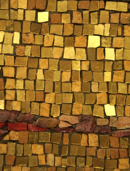 17-gold-interdispersed-with-stone-b.jpg