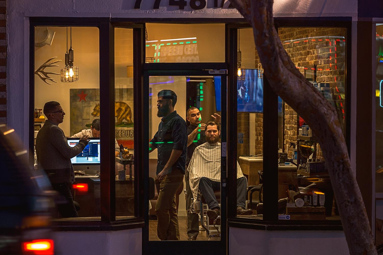 VicHuber-Barbershop-01.jpg