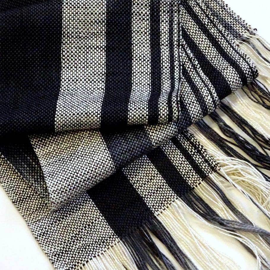 Neal Howard, Weaver, Wearable Art, Henceforth Yarns-073.jpg