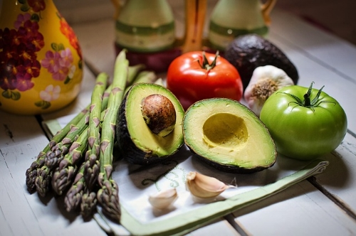 Avocado and other healthy foods