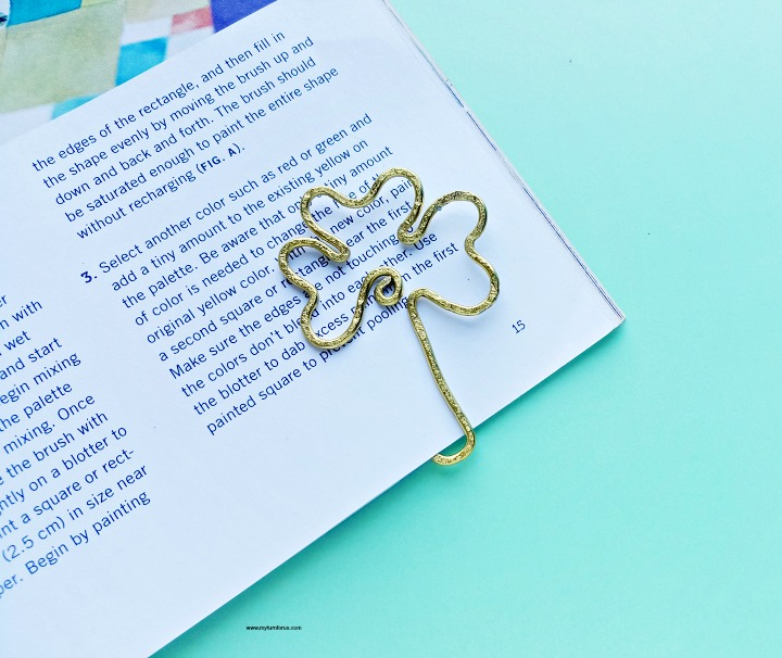 St-Patricks-Day-Art-bookmark-Craft.jpg
