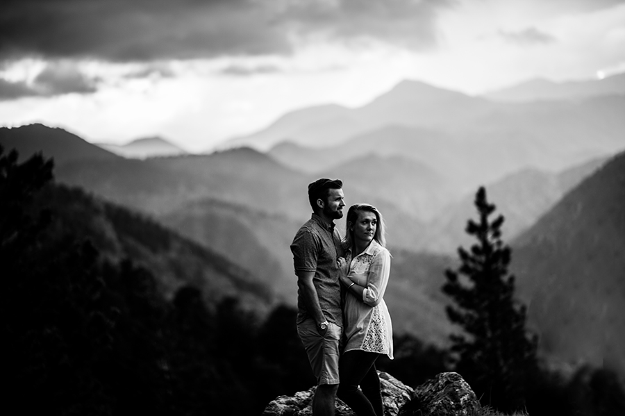 best-mountain-engagement-photographer039.jpg