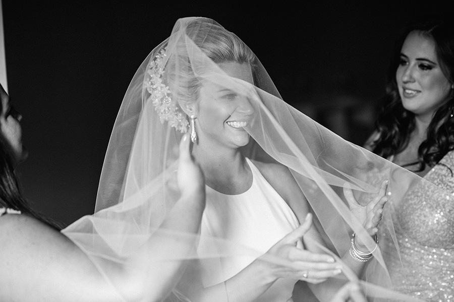 candid-urban-wedding012.jpg