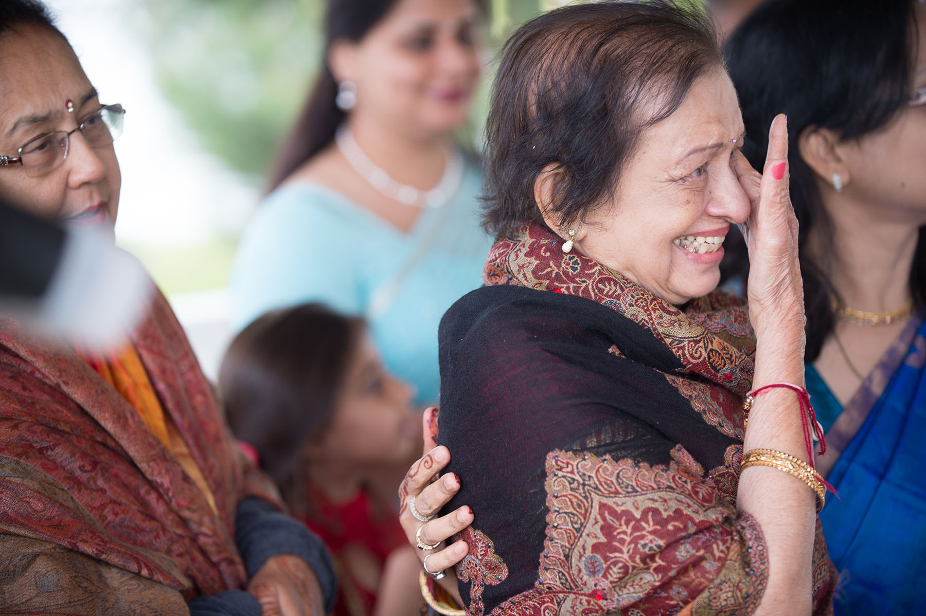 emotional indian wedding photos