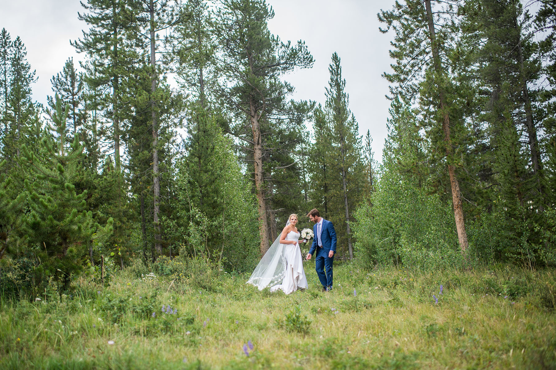 unposed-wedding-photographer-denver290.jpg