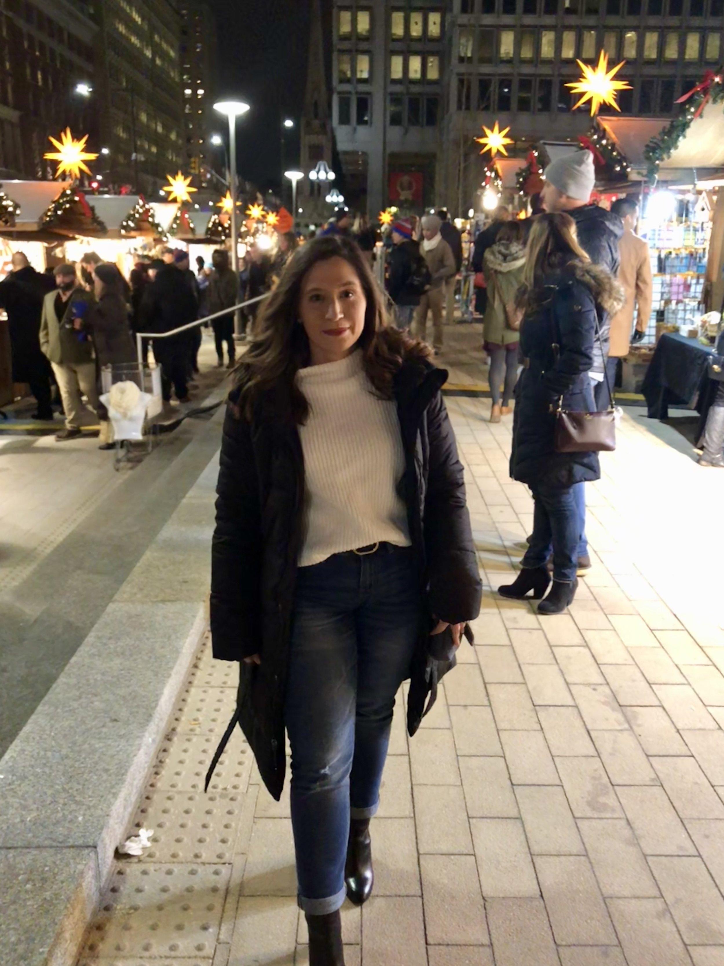 how to style boyfriend jeans, target style, target sweater, winter outfit ideas, boyfriend jeans winter