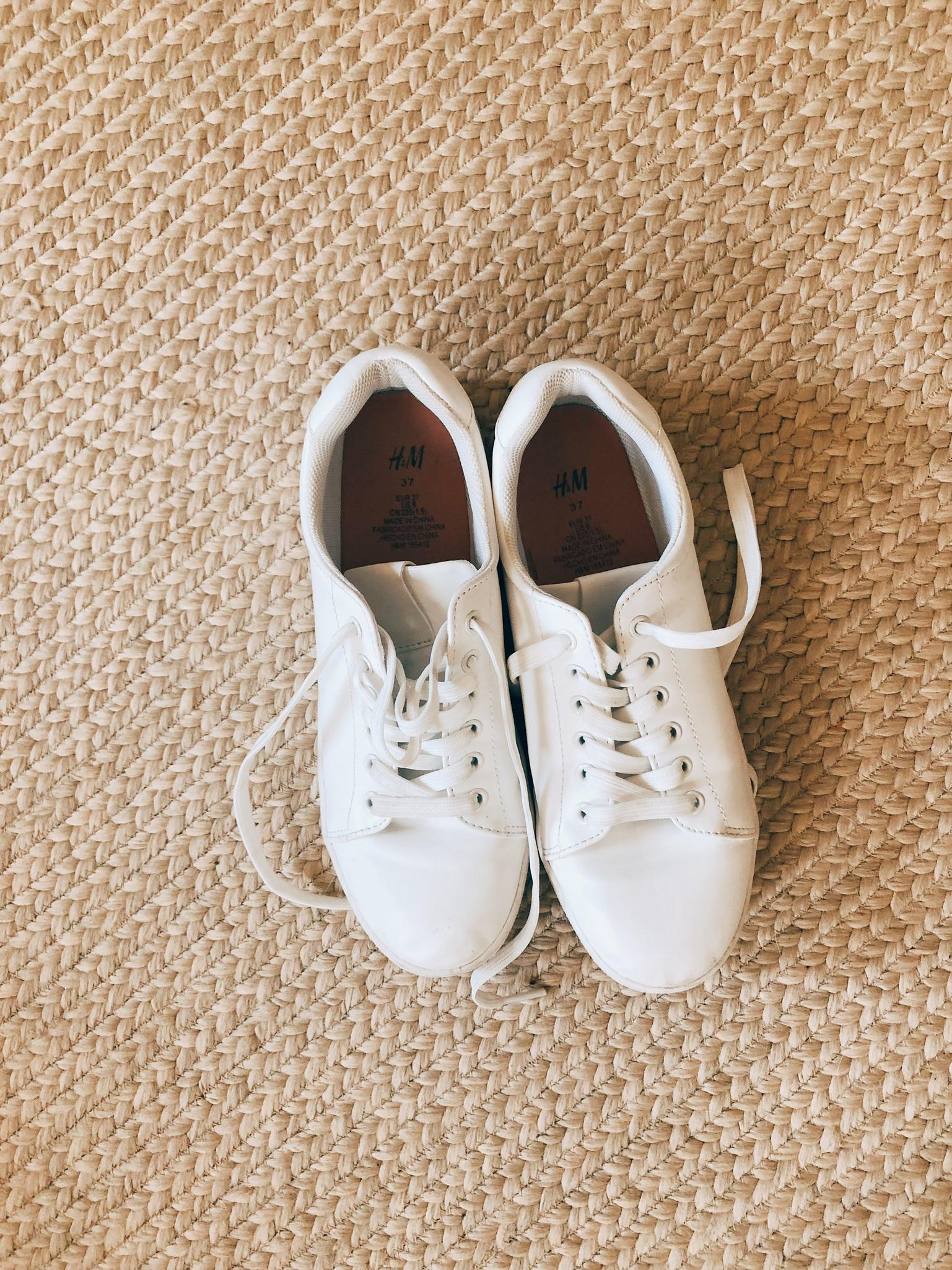 Vintage white platform sneakers, thrift shopping haul, thrift shopping tips