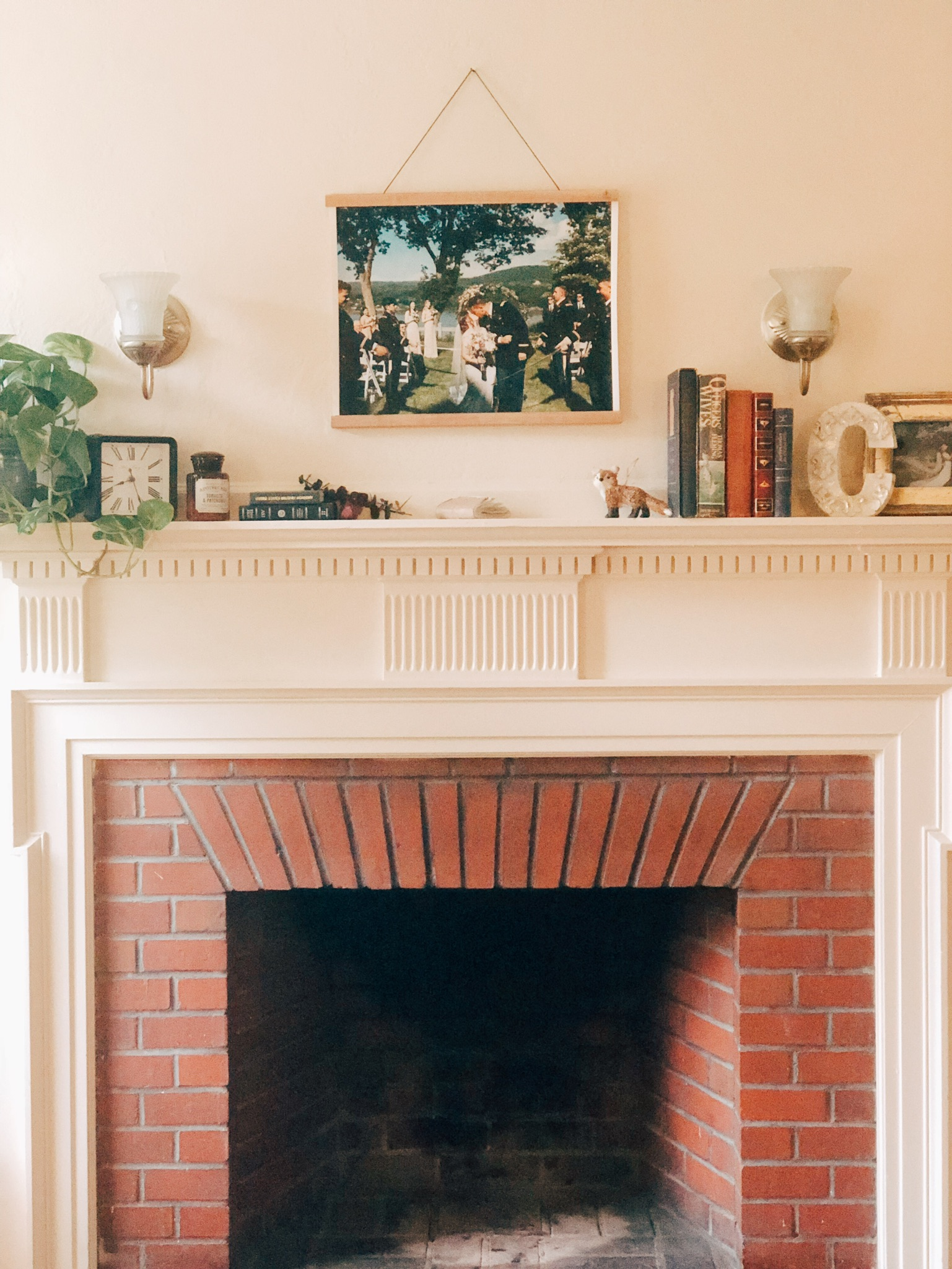 Parabo Press, Farmhouse Fireplace, How to style a mantle, fireplace mantle ideas
