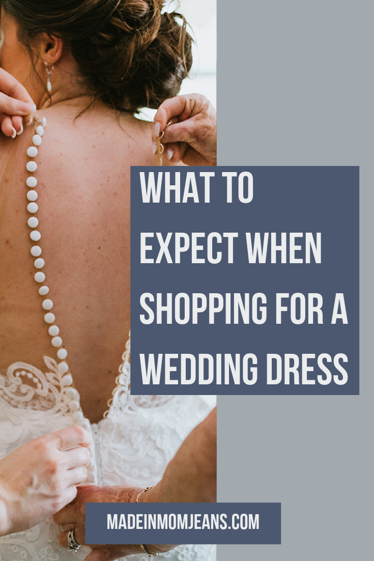 What to Expect from your First Wedding Dress Appointment