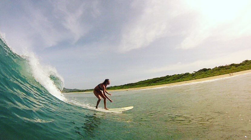 Costa Rica : SUrf and Yoga - -