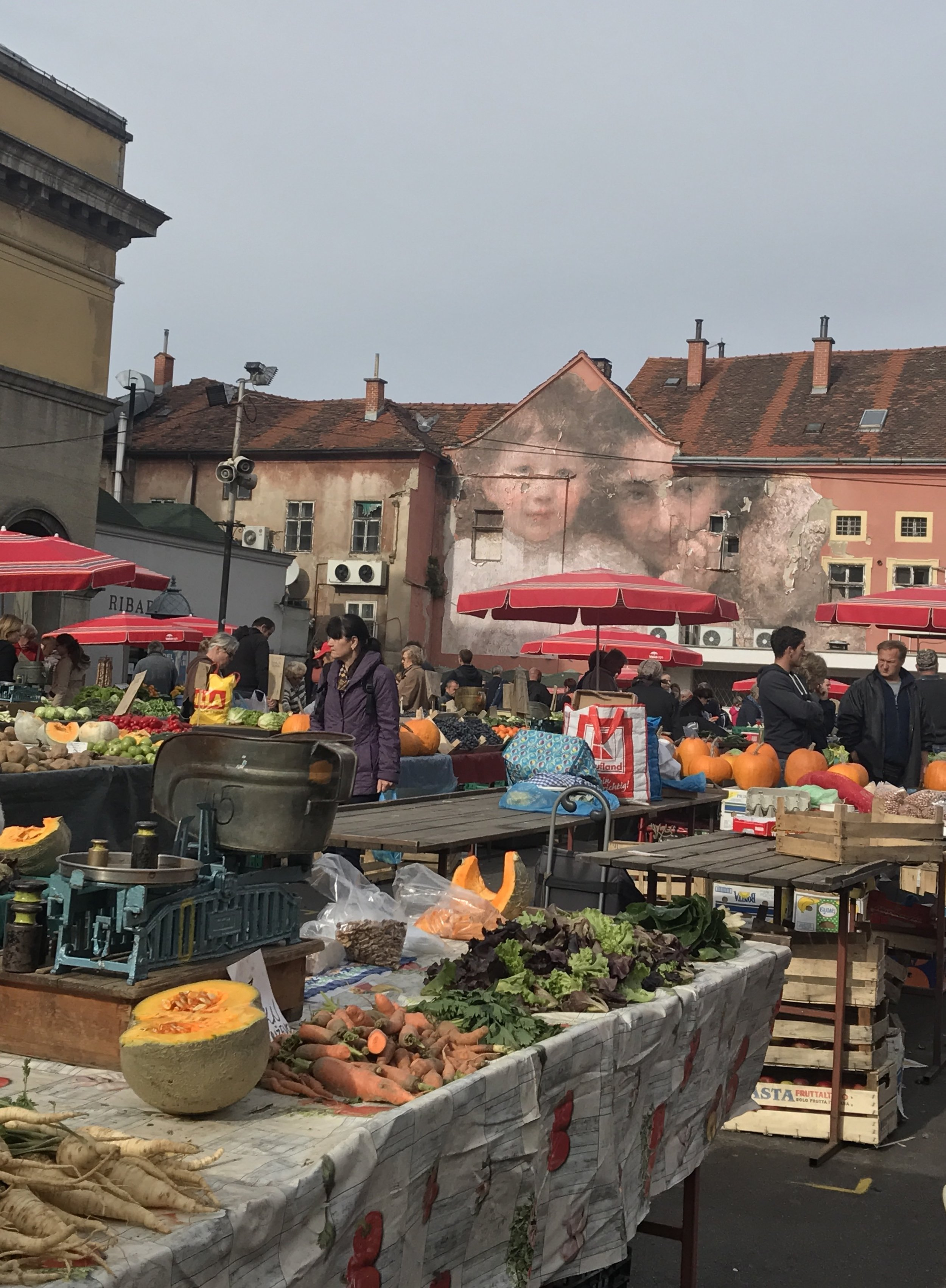 Dolac market, Zagreb .JPG