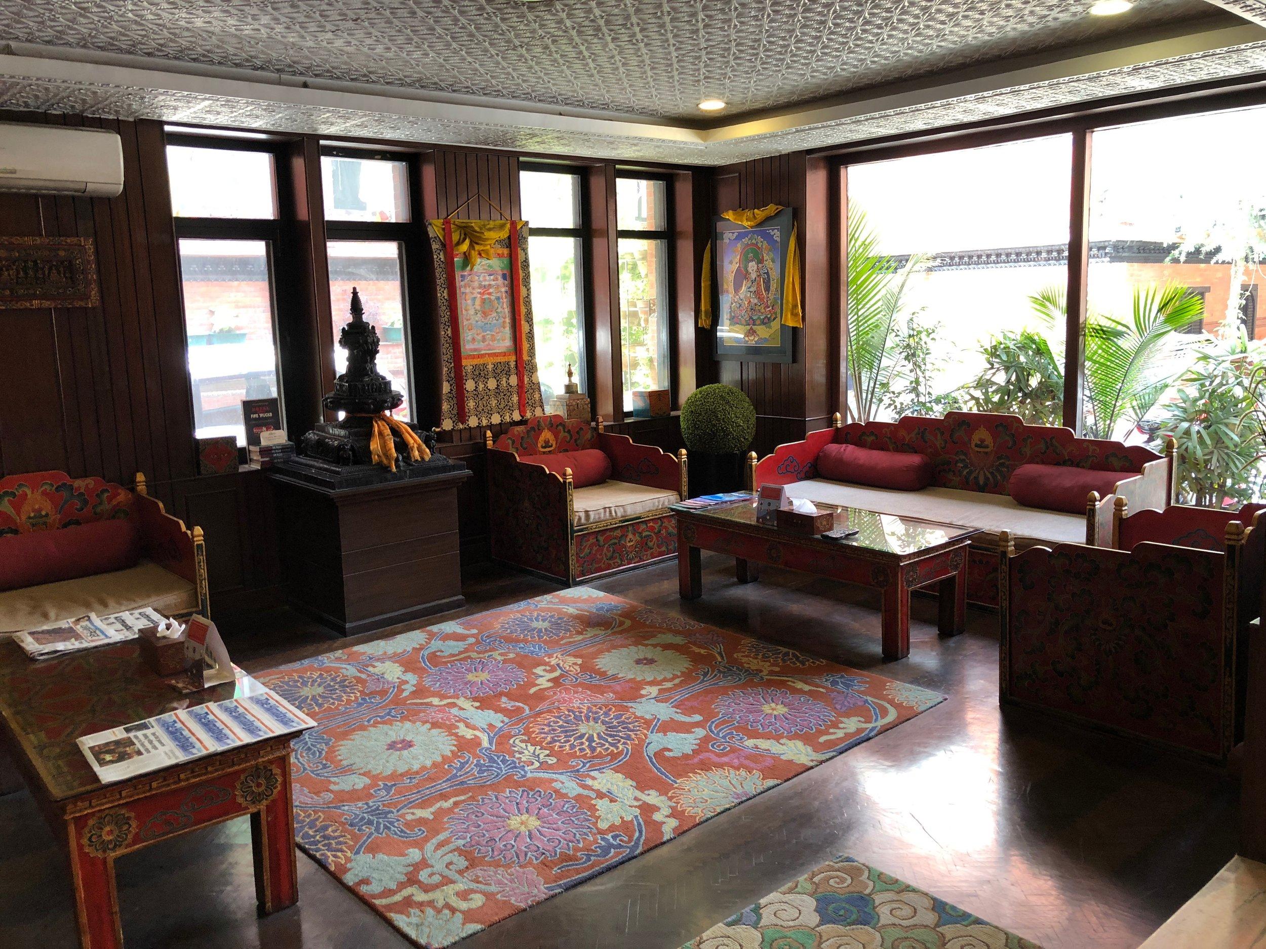 hotel_dalai entrance.jpg