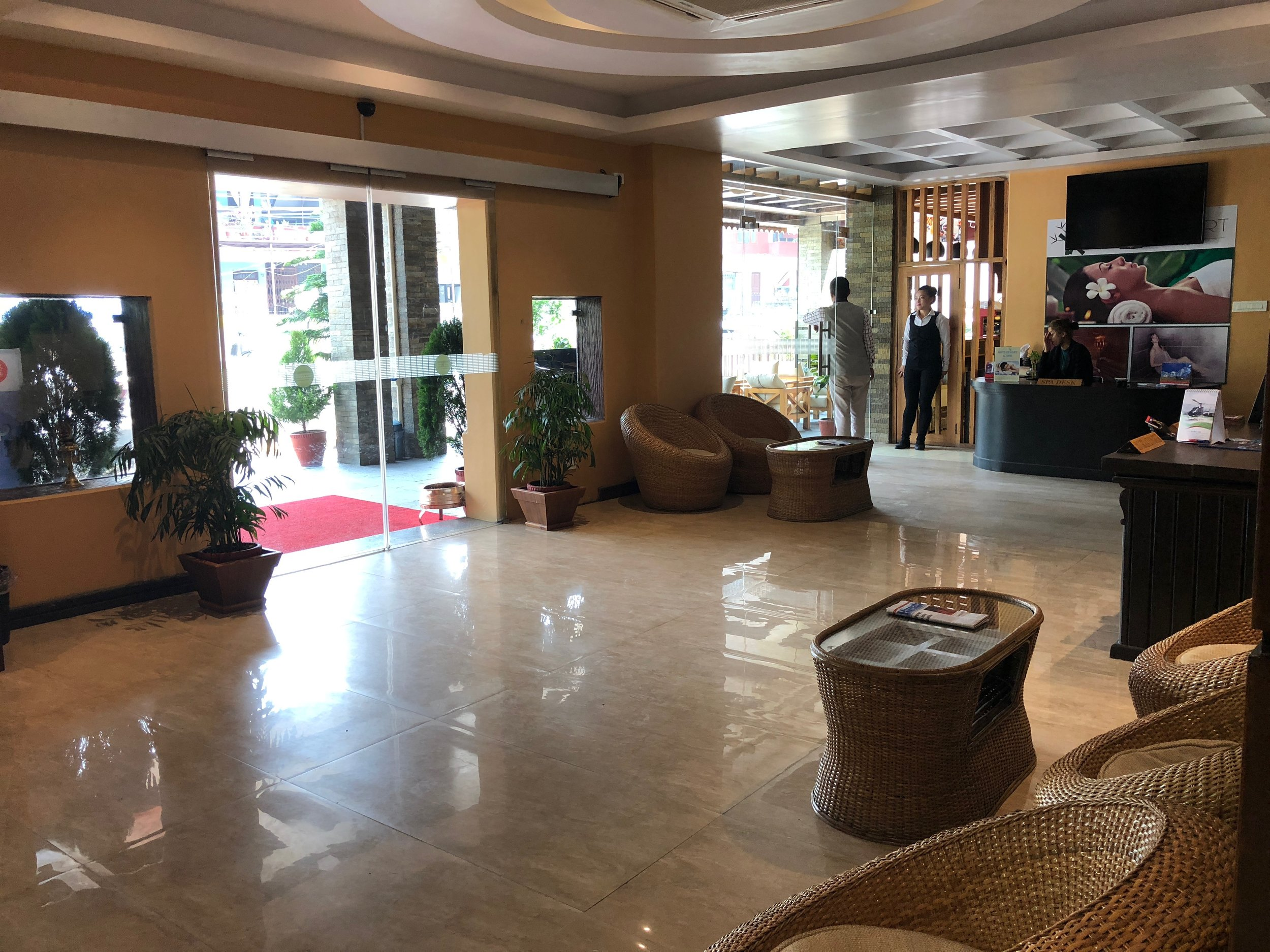 hotel_kuti_entrance.jpg